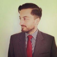 Robert Hardy Profile Image