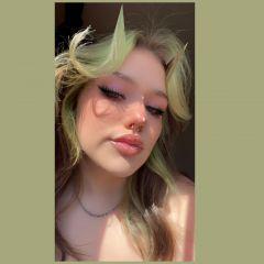 Annie hall Profile Image