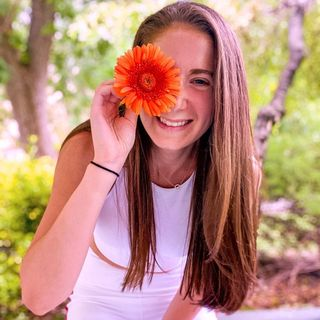 ELANA  HEALTH·WELLNESS·INSPO Profile Image