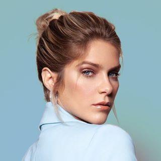 Isabella Santoni Profile Image