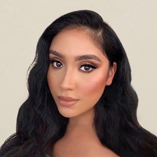 Leslie Alvarado Profile Image
