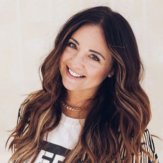 Erica Beukelman| Hair & Makeup Profile Image