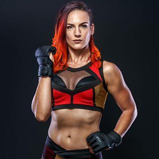 Vertvixen   Wrestler Profile Image