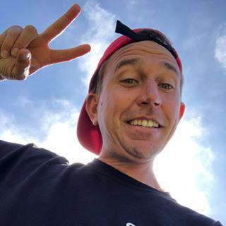 Skateboarder JoeyBrezinski Profile Image