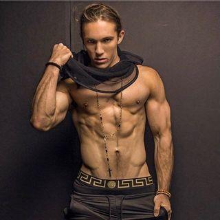 Zack Thomas Profile Image