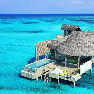 World's Cozy Resorts Profile Image