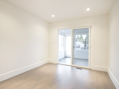 Family room at 775 E 39th Avenue, Fraser VE, Vancouver East