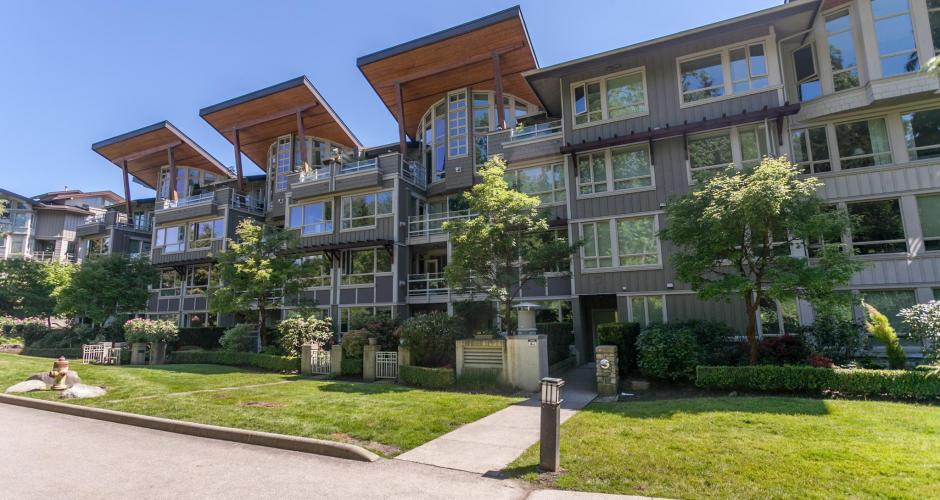 210 - 560 Ravenwoods Drive, Roche Point, North Vancouver