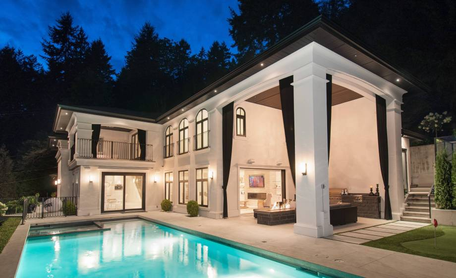 3485 Mathers Avenue, Westmount WV, West Vancouver