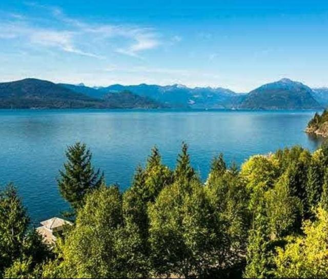 17 Ocean Point Drive, Howe Sound, West Vancouver 2
