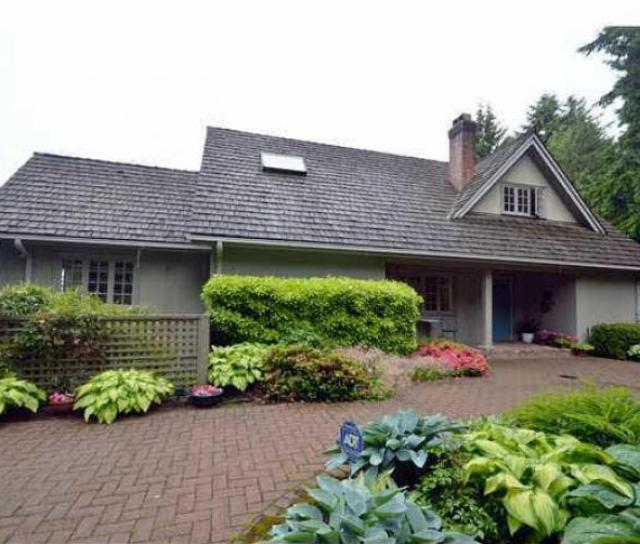 1677 29th Street, Altamont, West Vancouver 2
