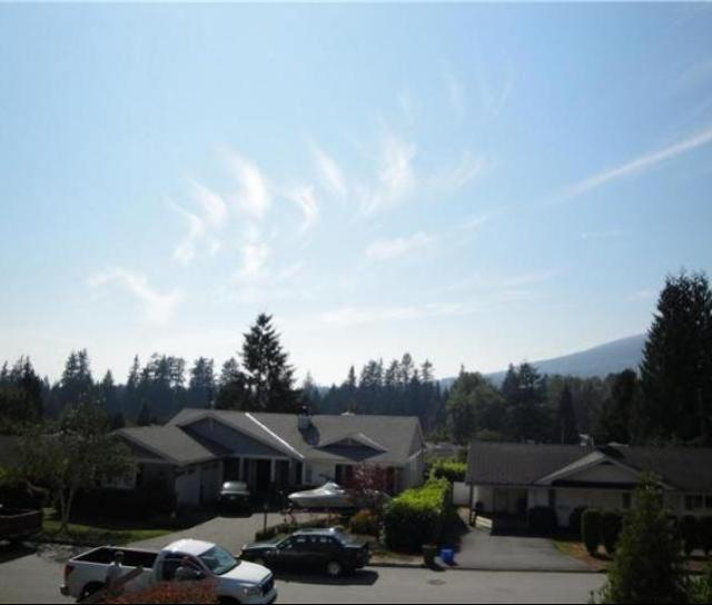 4438 Canterbury Crescent, Forest Hills NV, North Vancouver 2