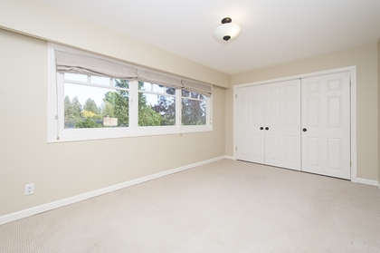 13.jpg at 1560 19th Street, Ambleside, West Vancouver