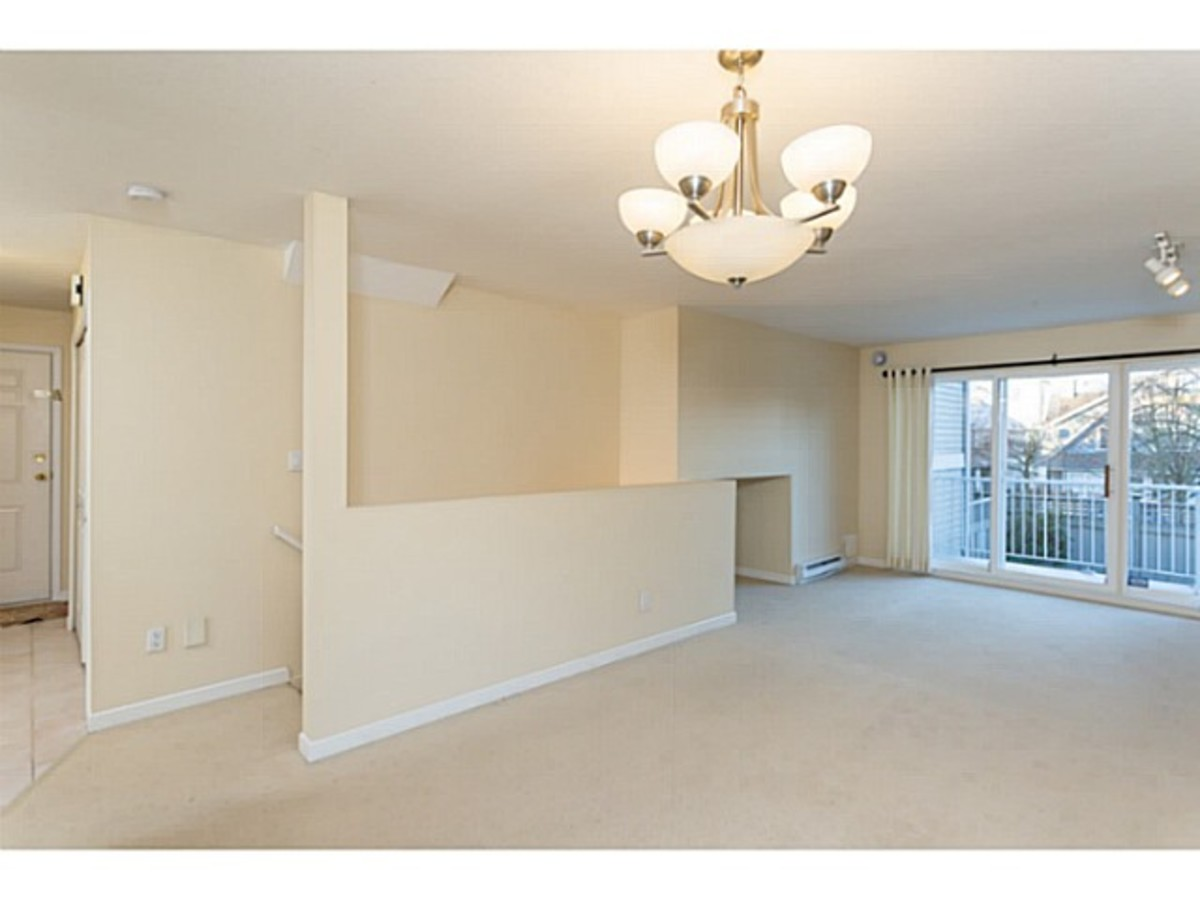 image-260739624-5.jpg at 2 - 1818 Chesterfield Ave, Central Lonsdale, North Vancouver