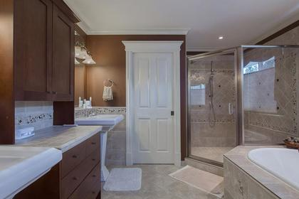 Master Ensuite at 3756 Winsford Court, Government Road, Burnaby North