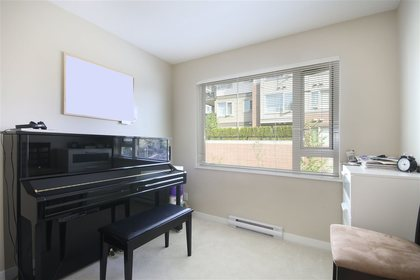 2nd-bdrm at #305 - 3105 Lincoln Avenue, New Horizons, Coquitlam