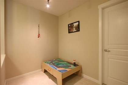 den at #305 - 3105 Lincoln Avenue, New Horizons, Coquitlam