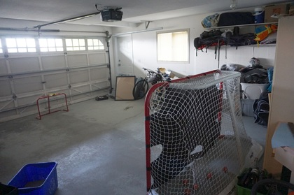Garage at 965 Laurel Place, Aberdeen, Kamloops
