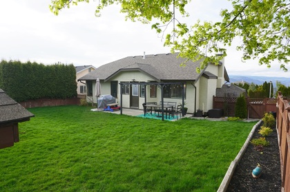 Backyard (view 3) at 965 Laurel Place, Aberdeen, Kamloops