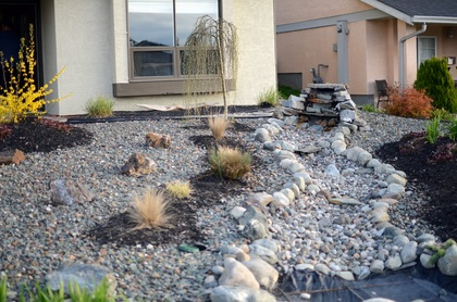 Xeriscaping at 965 Laurel Place, Aberdeen, Kamloops