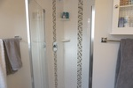 En-suite Shower at 965 Laurel Place, Aberdeen, Kamloops
