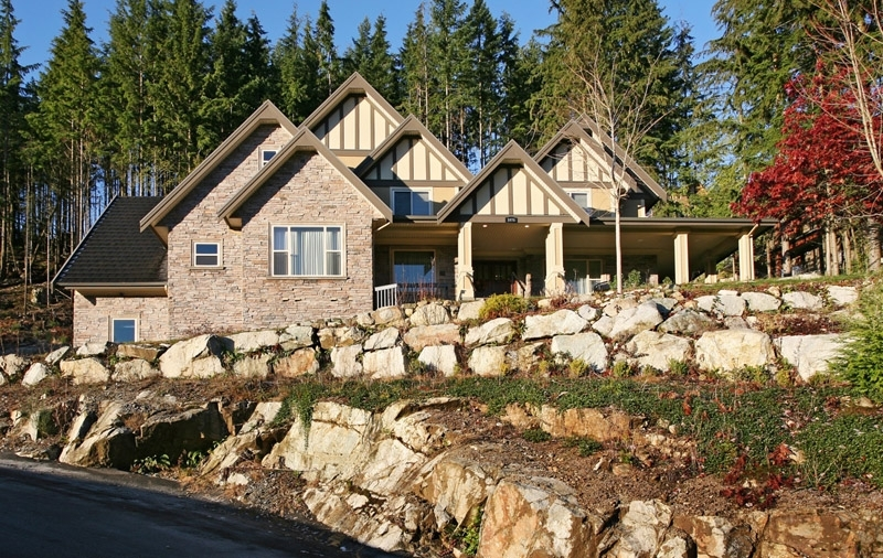 1076 Uplands Drive, Anmore 2