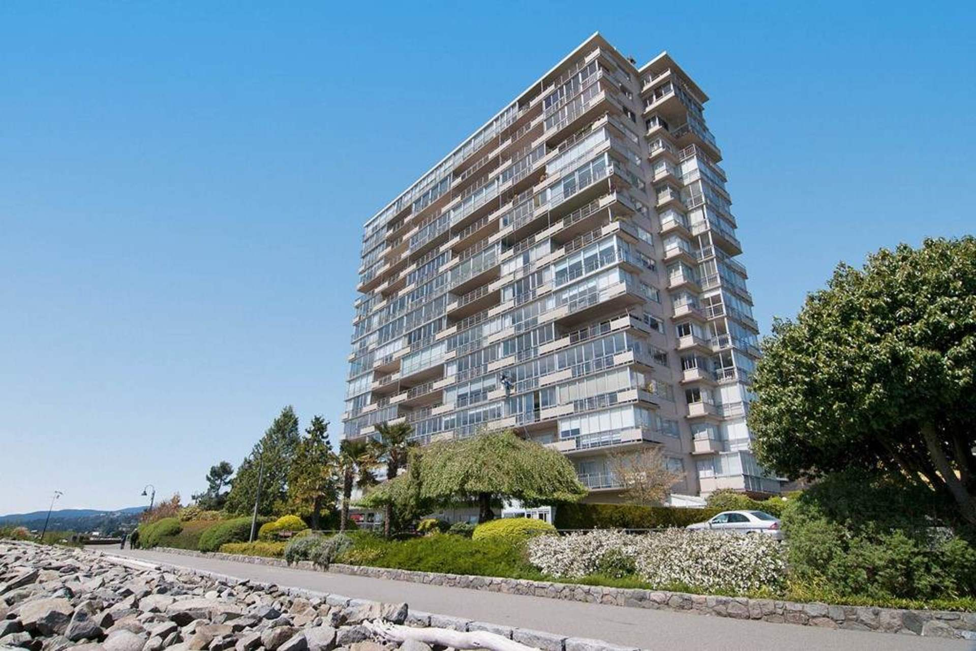 Building at 603 - 150 24th, Dundarave, West Vancouver