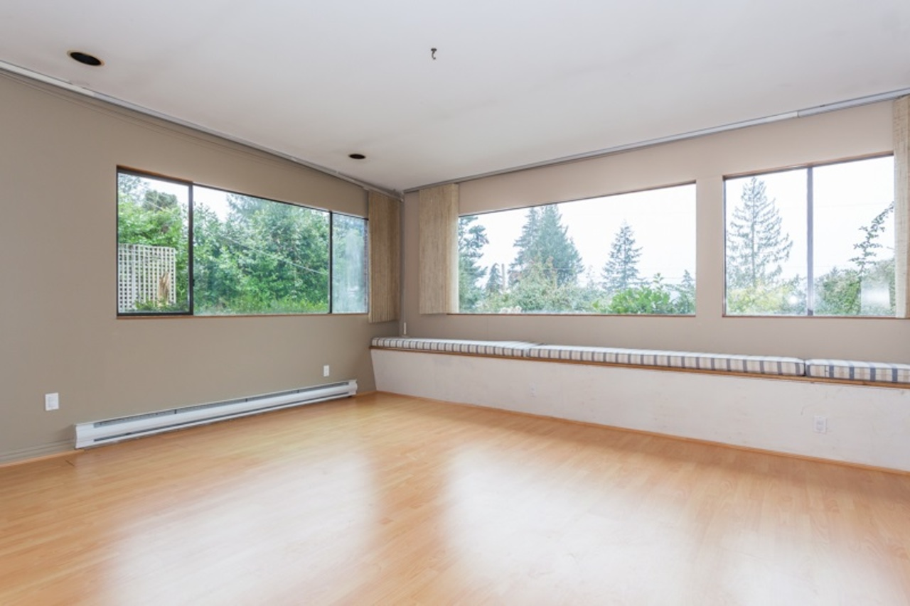 16.jpg at 255 Oceanview, Lions Bay, West Vancouver