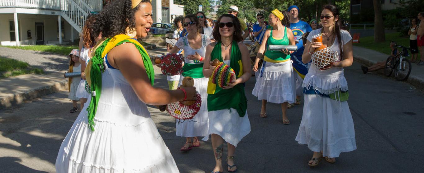 À Qulture ce jeudi 17 août dès 11h00 : MondoKarnaval et le Festibière de Québec