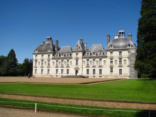Les châteaux de la vallée de la Loire, ce jeudi 10 octobre, à 10 hres, à l'émission Ici et Ailleurs
