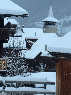 Aventures père-fille en Suisse, ce jeudi 10 décembre, à 10 heures, à l'émission Ici et Ailleurs