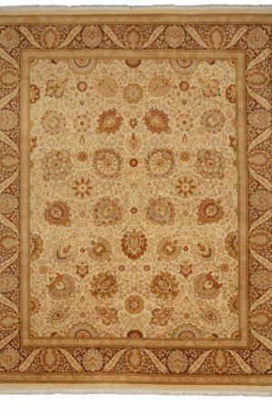 8X10 Ivory Wool Area Rug