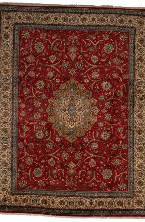 Persian Arak 9X12 Red Ivory Wool Area Rug