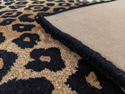Leopard Skin Design Tufted 5x8 Wool Area Rug