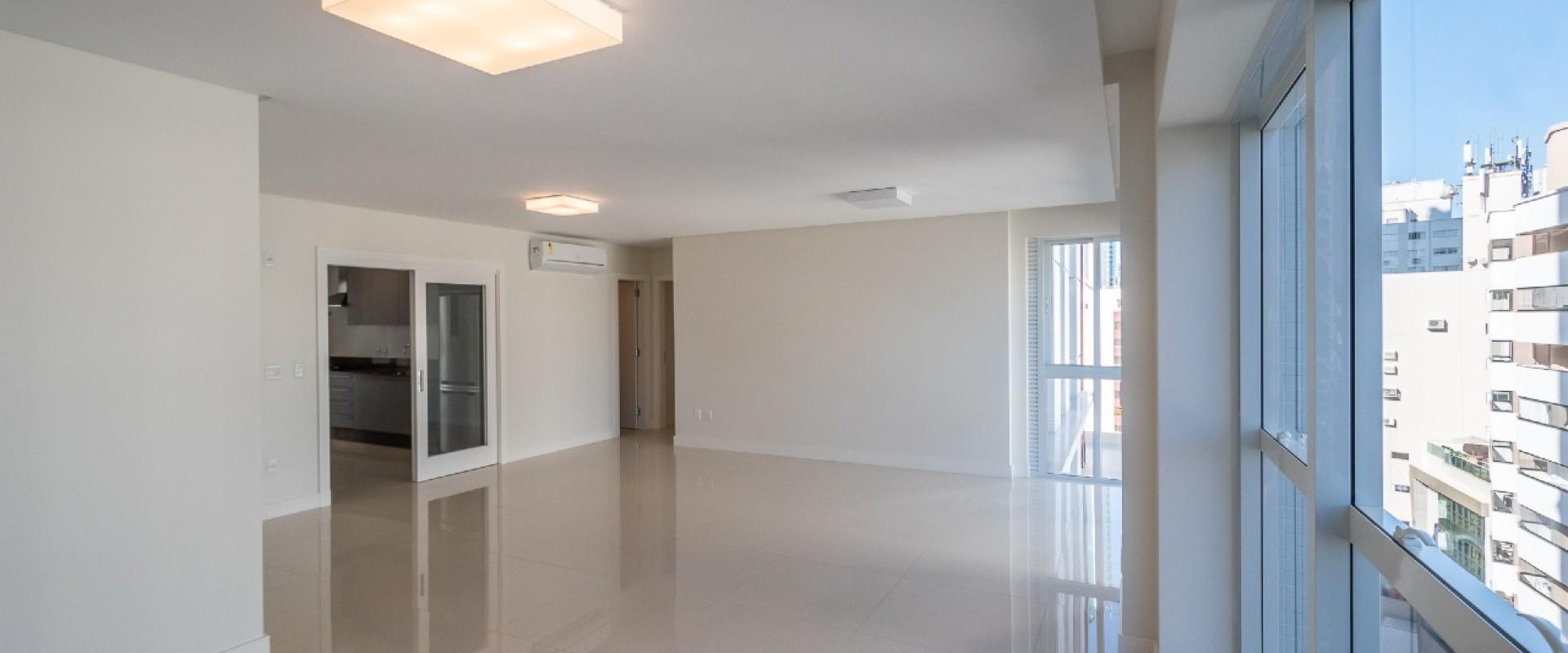 Acqualina Apartamento no Acqualina Residence em Bal Camboriú