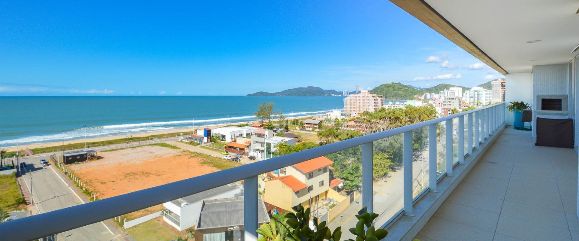 Amores da Brava Apartamento com vista para o mar no Amores da Brava na Praia Brava em Itajaí