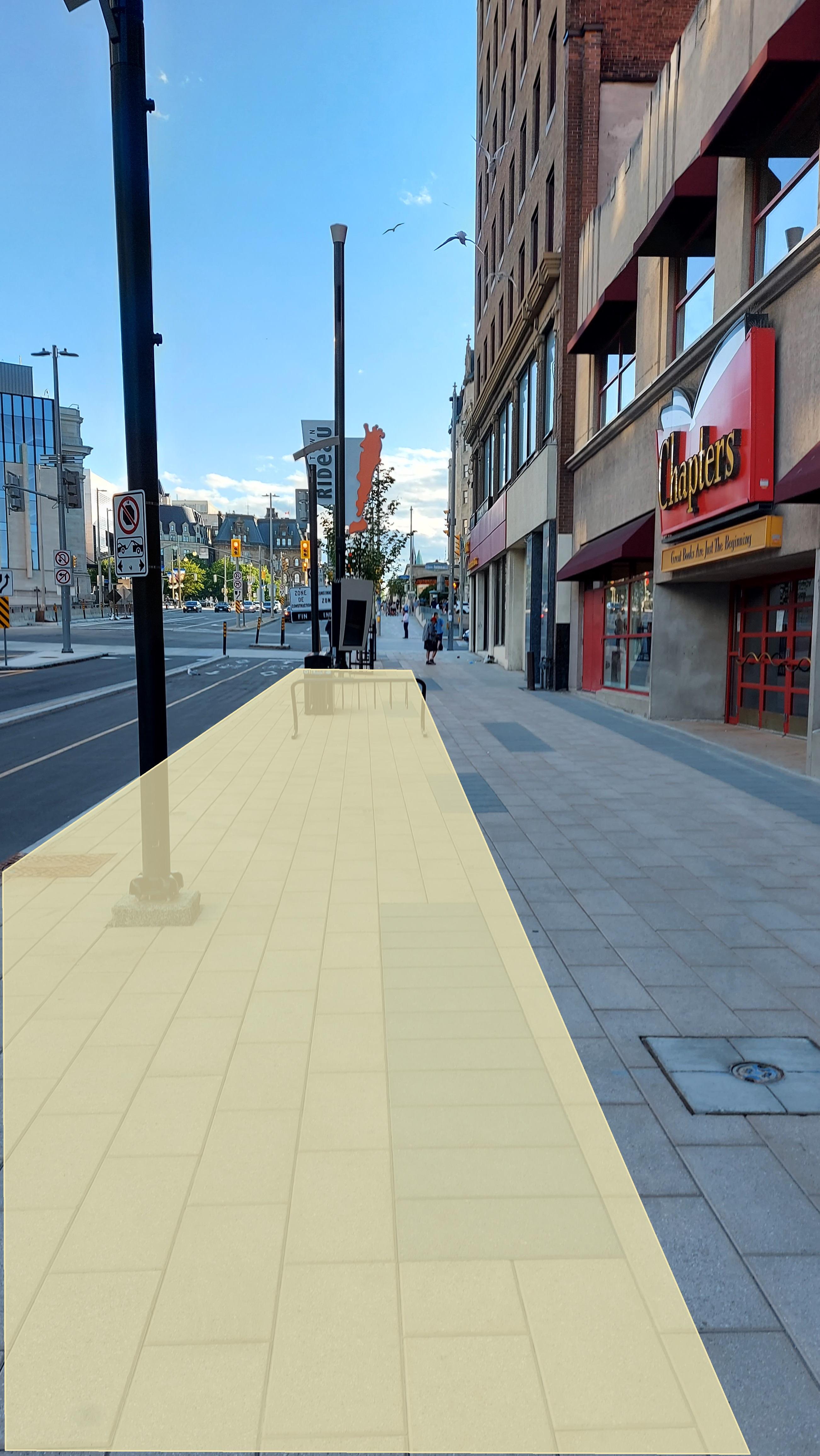 Rideau Street furniture zone
