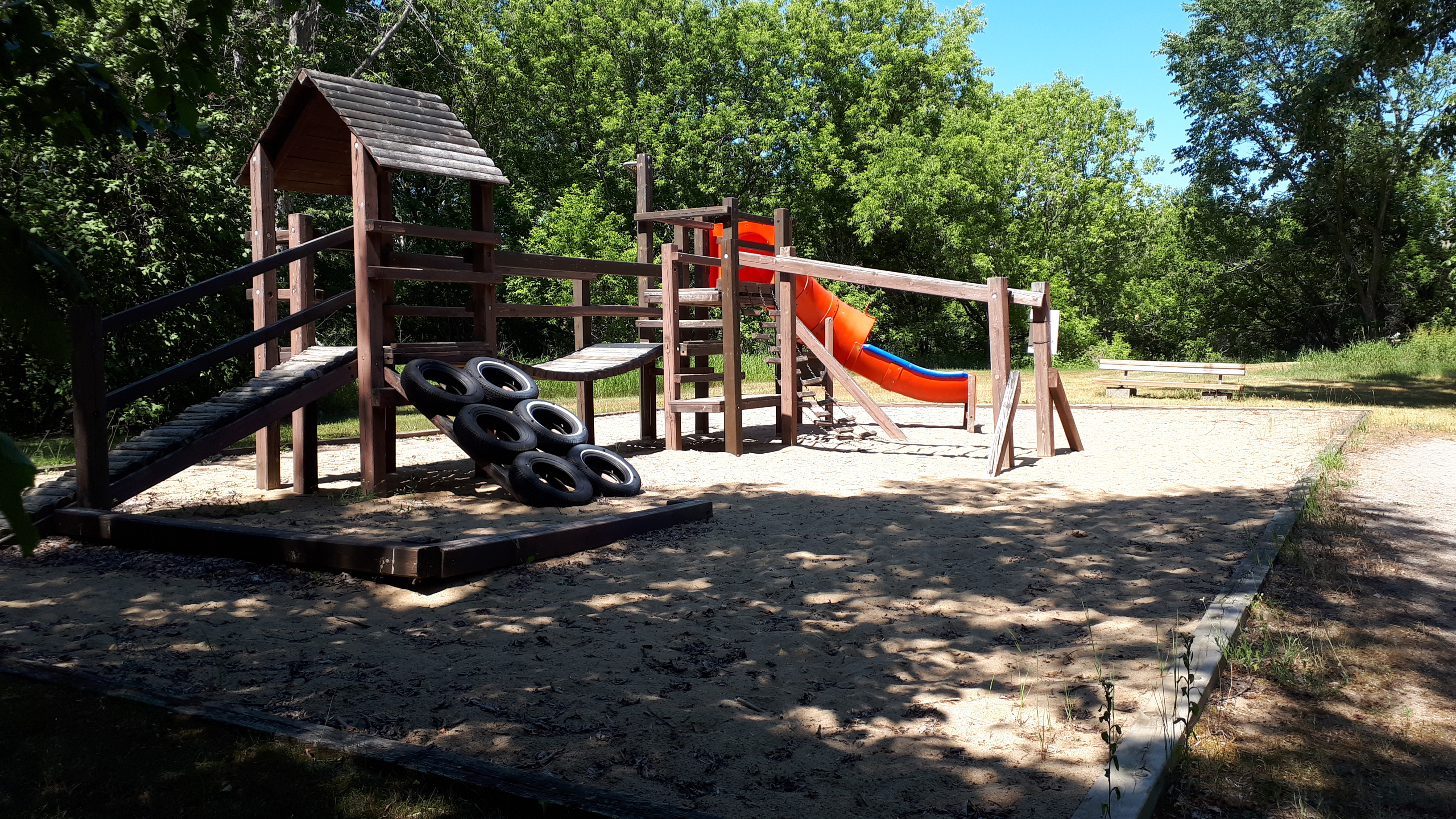 Image of the existing play structure in Green Briar Park.