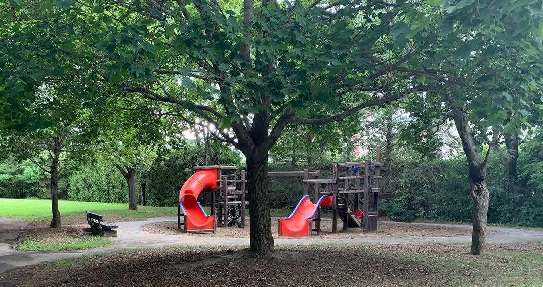 Photograph of the existing playground area.