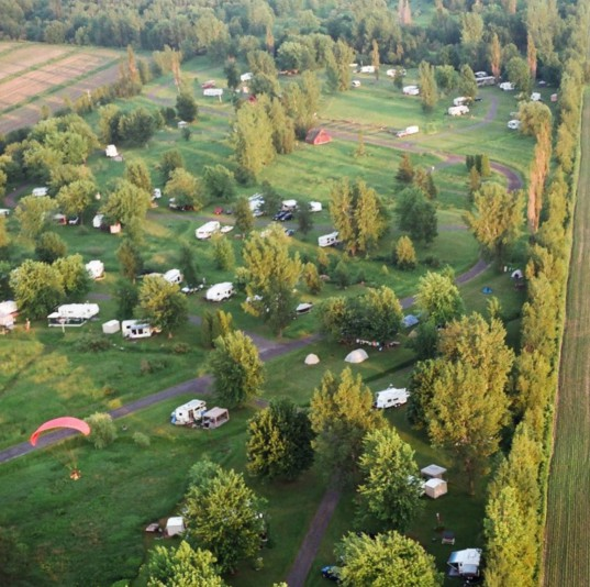 Camping Chenal-du-Moine