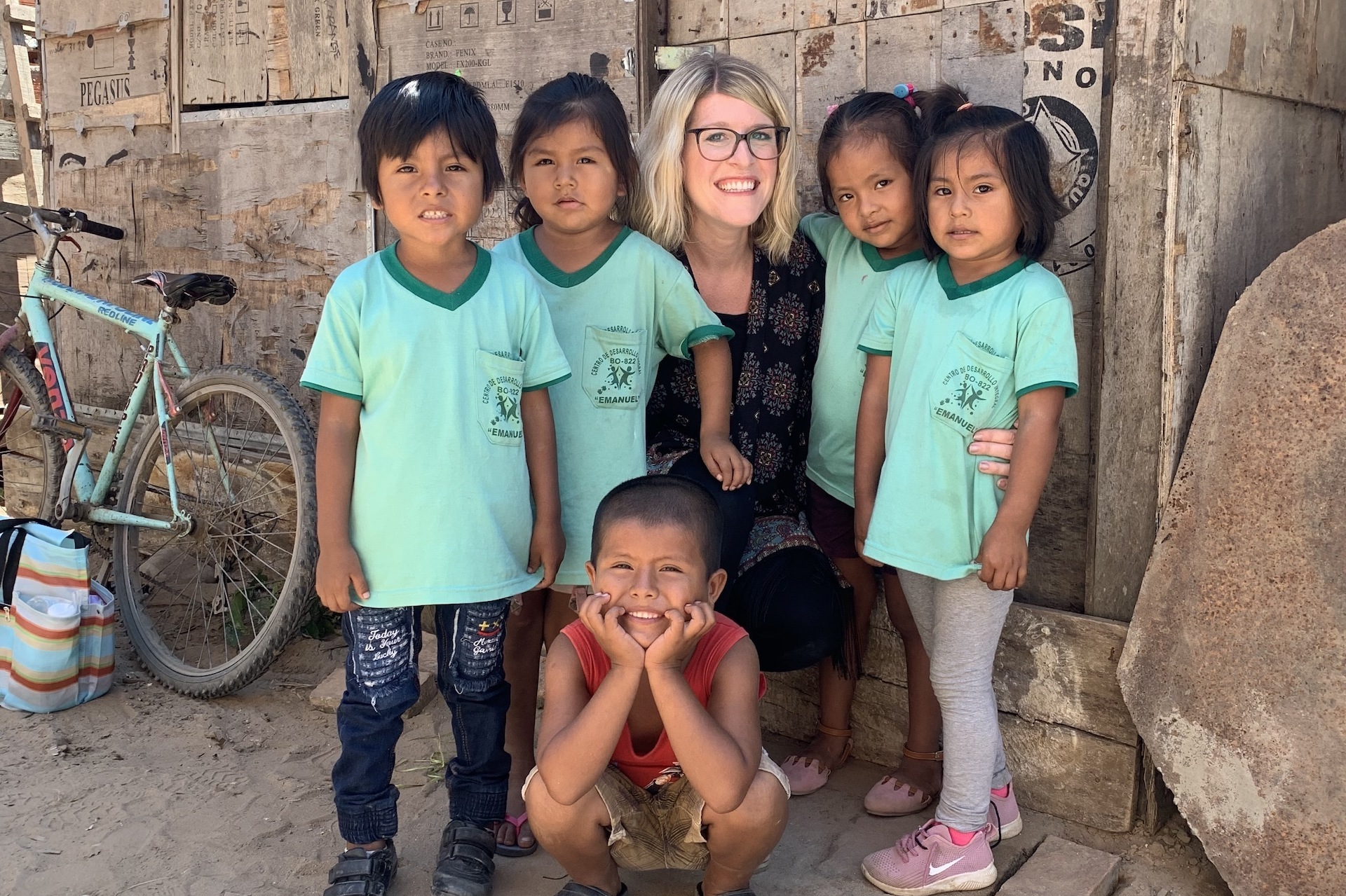 Allison with a group of children in Bolivia