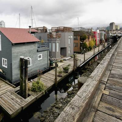 photo of houseboats taken by Digital 2 The Next Level Photography course student