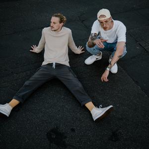 Niklas & David x Arm aber Schätzi