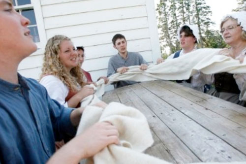 Guided Storytelling Tour & Milling Frolic