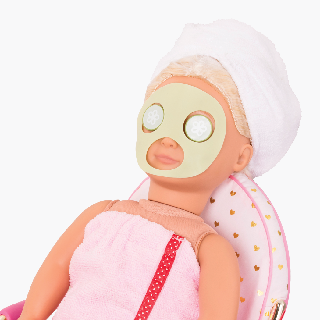 Spa Accessory Set with cucumber face mask