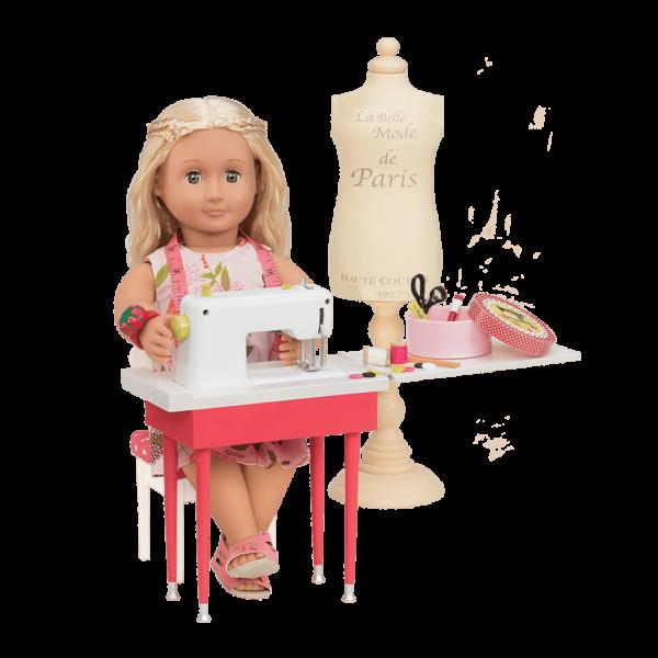 Ginger using sewing machine