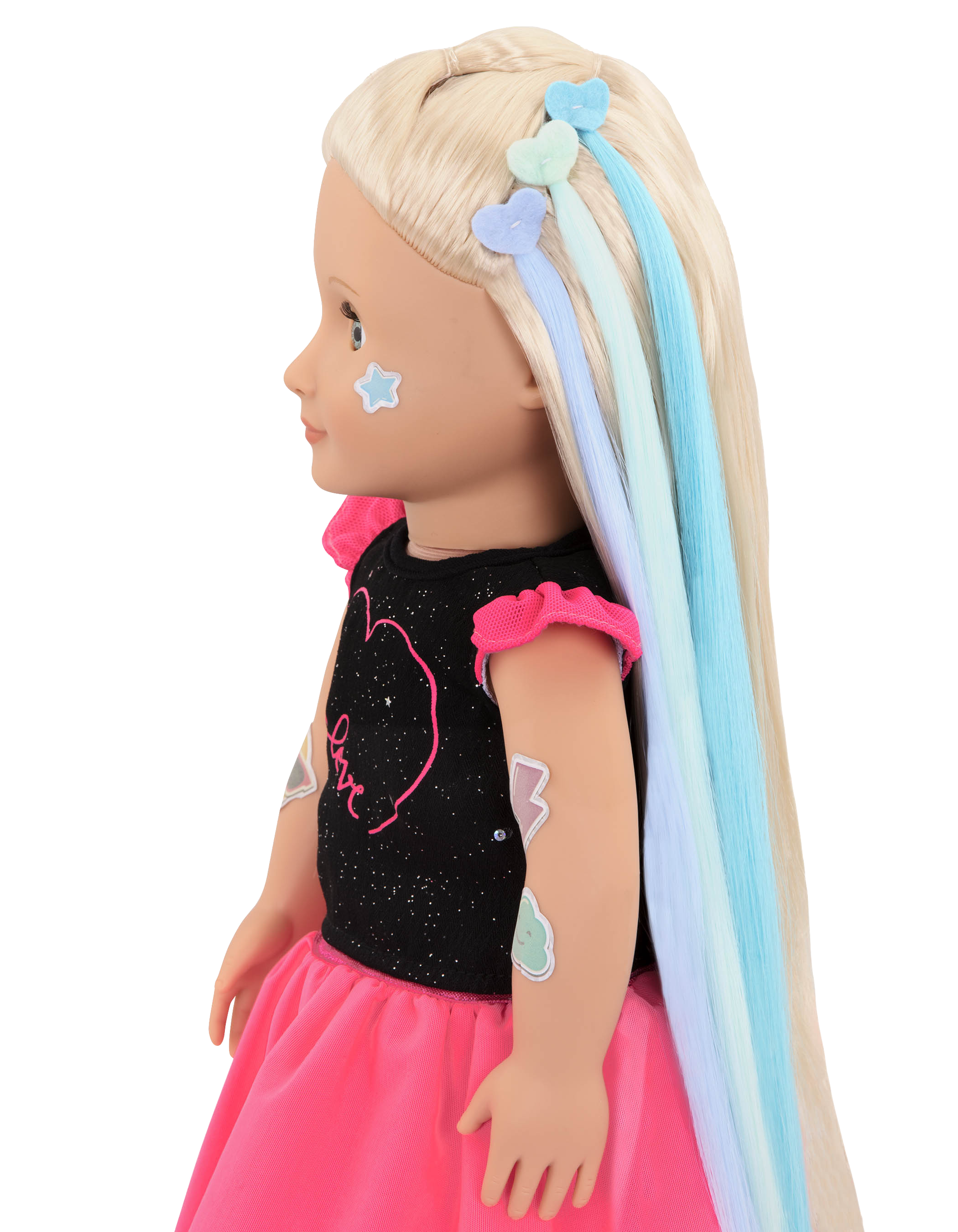 Side profile of Luana with hair extensions