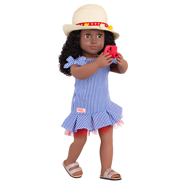 Sweet Souvenirs Deluxe Outfit for 18-inch Dolls with Accessories