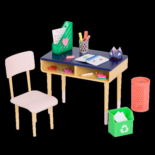 Brilliant Bureau Desk Set with Lorelei