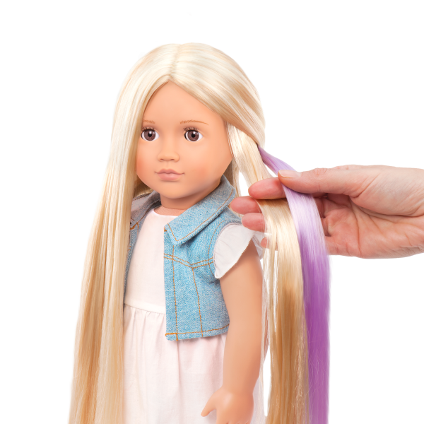 Phoebe 18-inch Hairplay Doll Streak Color